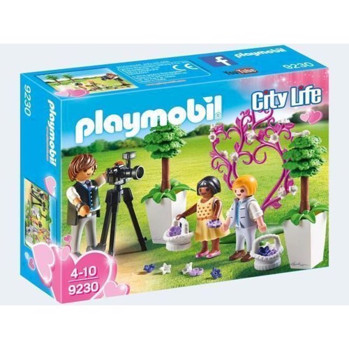 Image of   Playmobil 9230 Photographer with Bridesmaids
