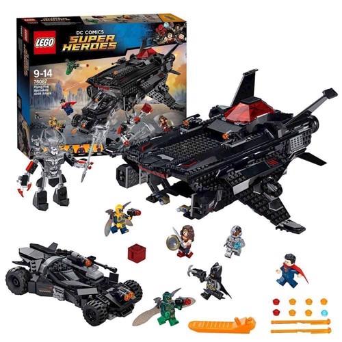 Lego DC Comics Superheroes 76087 Flyvende Batmobil angreb