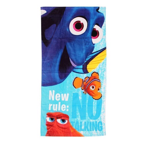 Image of   Bath Towel Finding Dory