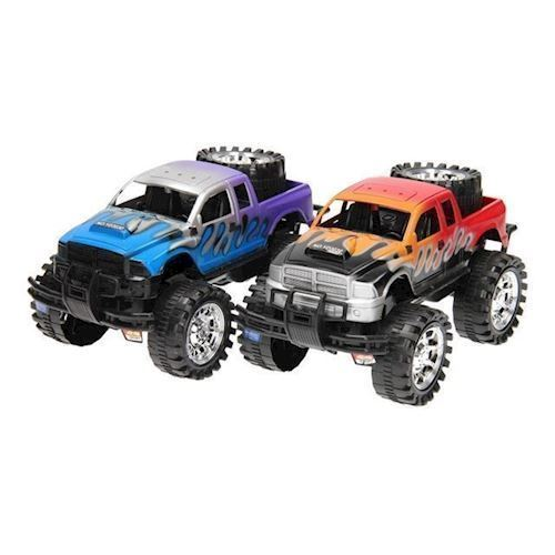 DIVERSE PICKUP OG MONSTERTRUCKS