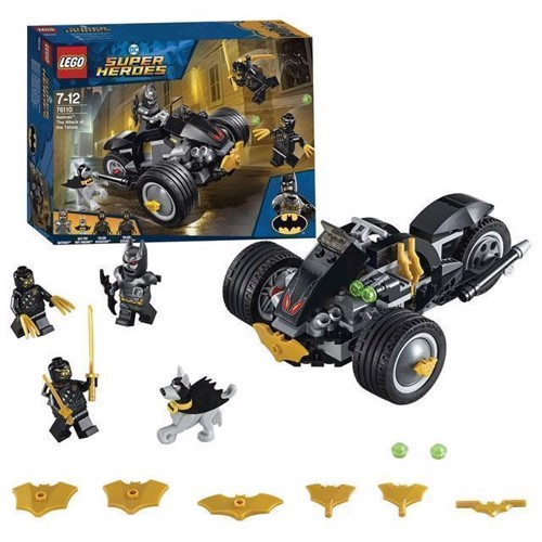 Image of LEGO Super Heroes 76110 Batman Attack of the Talons (5702016109030)