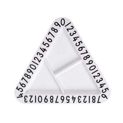 Image of   Design Letters melamin trekantet snack tallerken