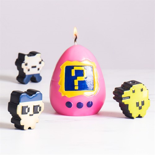 Image of Hatching Virtual Pet Candle (21521) (5060038796684)