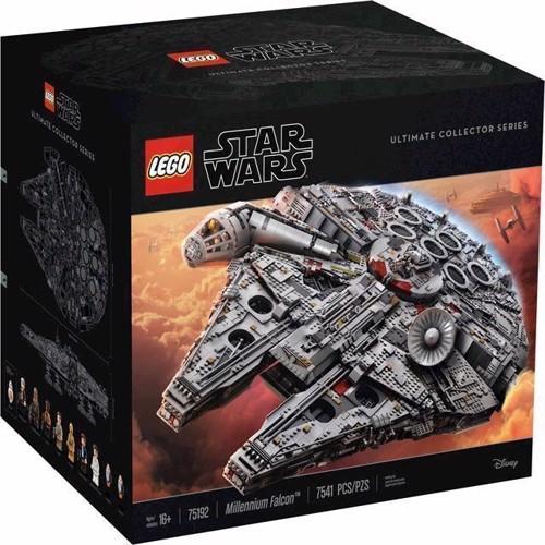 Image of Lego Star Wars 75192 Millennium Falcon
