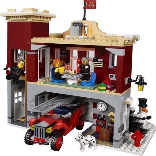 Billede af Lego 10263, Creator, Vinterlandsbyens Brandstation