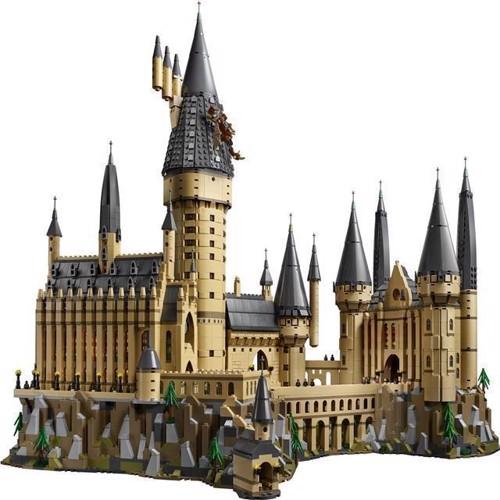 Image of Lego Harry Potter - Hogwarts Slottet (71043)