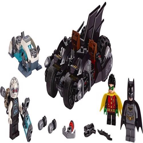 Image of Lego Super Heroes 76118 Mr Freeze batcycle kampen