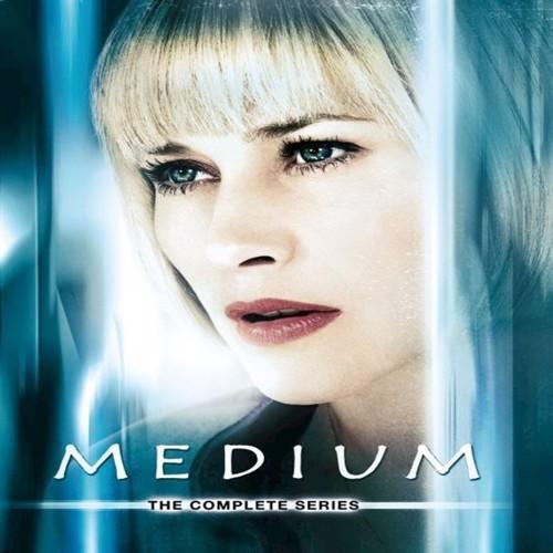 Image of Medium Complete Series 34 disc DVD (7332431039285)