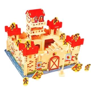 Image of Slot i træ med tilbehør
